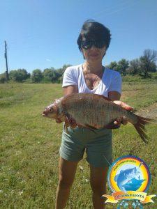 Настоящая рыбачка!